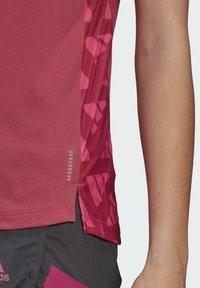adidas Performance - T-shirt sportiva - pink - 3