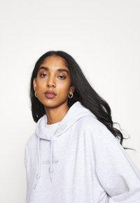 adidas Originals - HOODIE  - Sweatshirt - light grey heather - 3