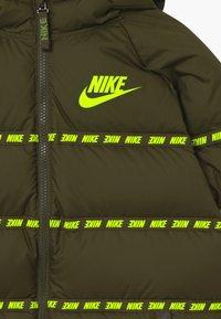 Nike Sportswear - UNISEX - Light jacket - cargo khaki/volt - 3