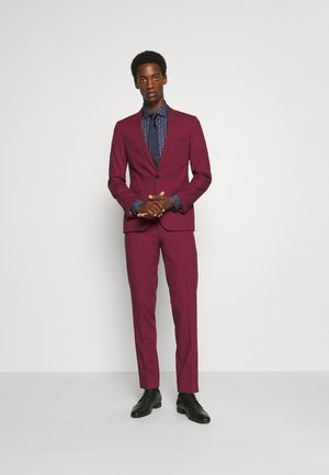 GOTHENBURG SUIT - Garnitur - ruby