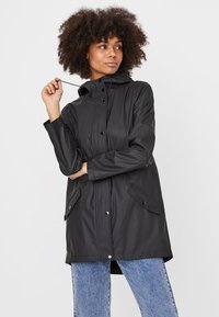 Vero Moda - VMSHADY COATED JACKET PI - Parka - black - 0