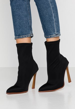 CATRIONA - High heeled ankle boots - black
