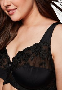 Sheego - Underwired bra - black - 3