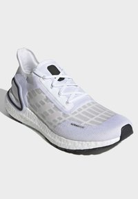 adidas Performance - ULTRABOOST SUMMER.RDY SHOES - Zapatillas de running neutras - white - 3