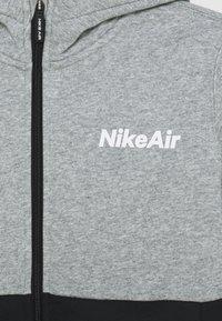 Nike Sportswear - AIR HOODIE - Zip-up hoodie - grey heather/black - 2