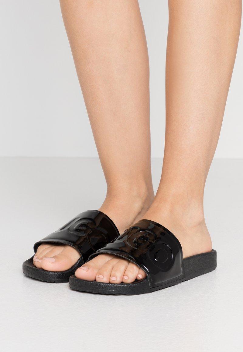HUGO - TIME OUT SLIDE - Pantofle - black