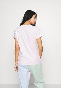 Nike Sportswear - Print T-shirt - pink foam - 2