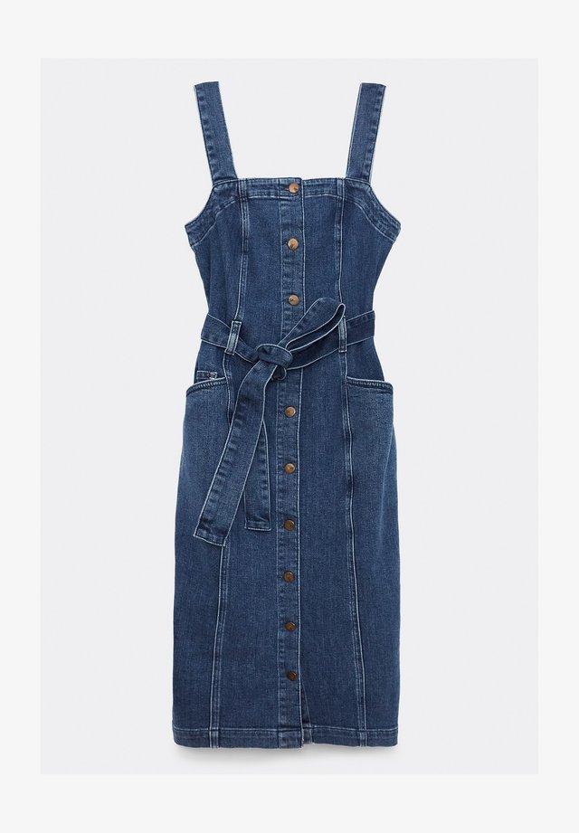 Robe en jean - mittlere waschung