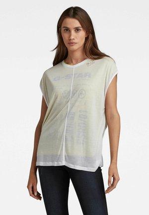 ORIGINALS LOGO LAYERED SHEER - Print T-shirt - white dark hives