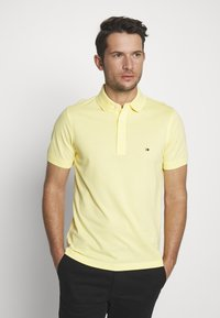 Tommy Hilfiger - Polo shirt - yellow - 0