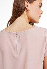 ONLY - ONLVIC SOLID  - T-shirts med print - pale mauve - 5