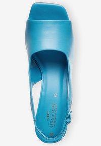 Next - Sandaler - blue - 2