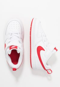 Nike Sportswear - COURT BOROUGH 2 - Sneakersy niskie - white/university red - 0