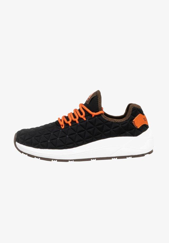 Sneakers laag - blk/brown
