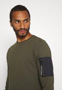 Replay - Maglietta a manica lunga - olive - 3