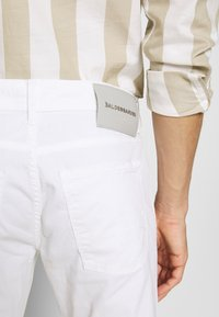 Baldessarini - JACK - Trousers - white