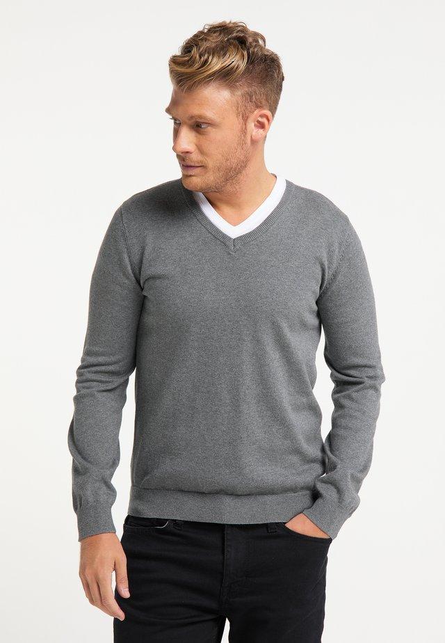 Stickad tröja - dunkelgrau melange