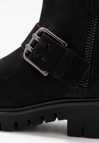 Gabor - WIDE FIT - Platform ankle boots - schwarz - 2