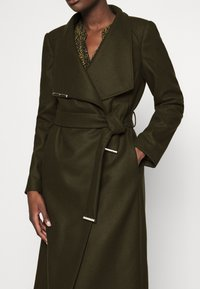 Ted Baker - ROSE - Classic coat - olive - 5