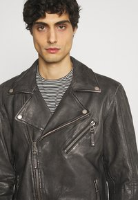 Freaky Nation - CHACCO - Leather jacket - dark anthra - 3