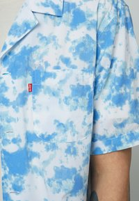 Levi's® - CLASSIC CAMPER UNISEX - Shirt - blues - 5