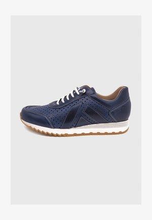 Zapatillas - azul picados