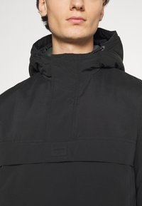 Jack & Jones - JORRAMBLER ANORAK - Windbreaker - black - 5
