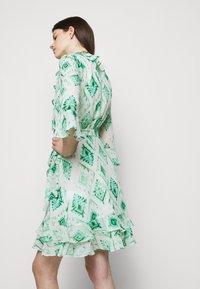 Marella - LIVREA - Denní šaty - verde smeraldo - 4