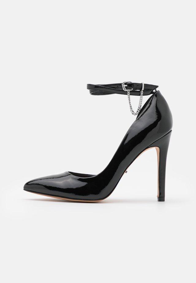 ONLCHLOE CHAIN - Klassiske pumps - black