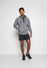 Jack & Jones - JCORUNNING SHORTS  - Sports shorts - black - 1