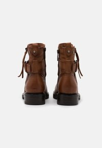 Carmela - LADIES - Cowboy/biker ankle boot - camel - 3