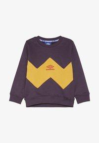 Umbro - RESORT KIDS CREW  - Sweatshirt - cosmos/haze/fig - 2