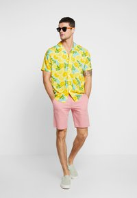 New Look - FRUITY LEMON - Shirt - mid yellow - 1