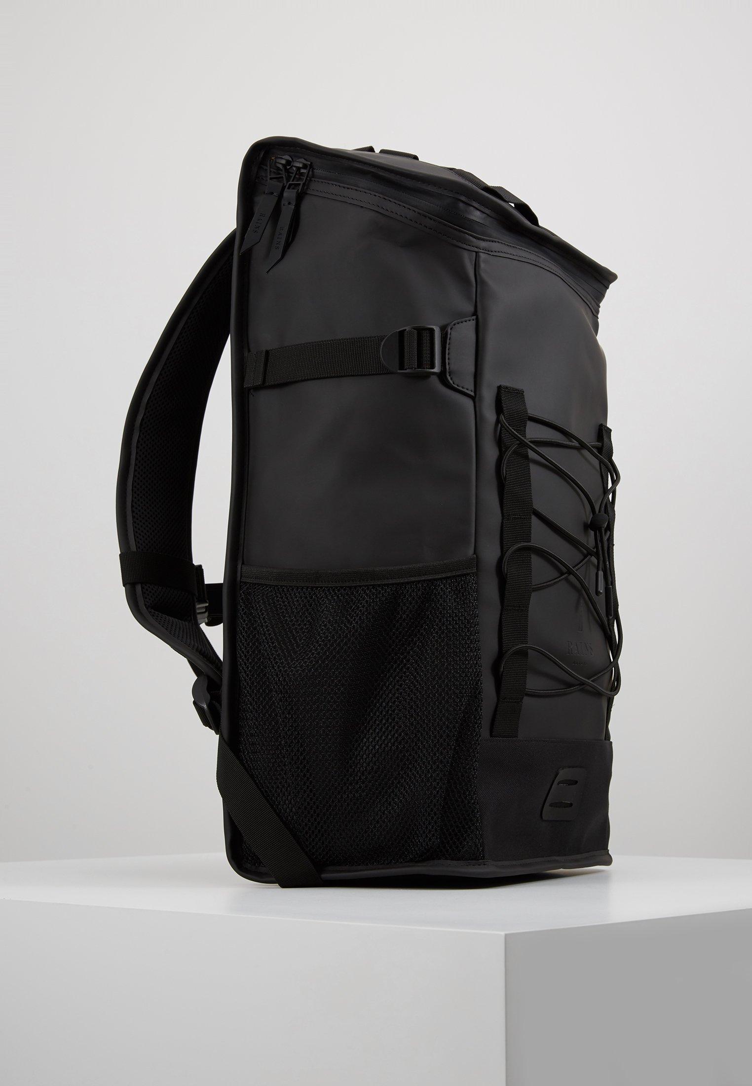 Rains MOUNTAINEER BAG - Ryggsekk - black/svart FcQ9eypPjsx7K17