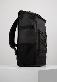 Rains - MOUNTAINEER BAG - Rygsække - black - 3