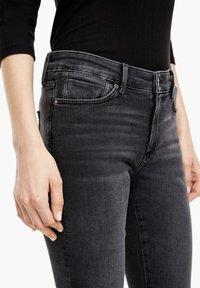 s.Oliver - Jeans Skinny Fit - grey sretc - 3