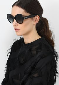 Dolce&Gabbana - Sunglasses - grey gradient - 1