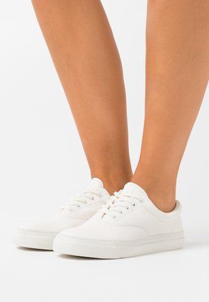 BRYN ATHLETIC SHOE - Trainers - white