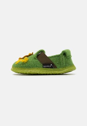 JUNGLE KINGS UNISEX - Slippers - hellgrün
