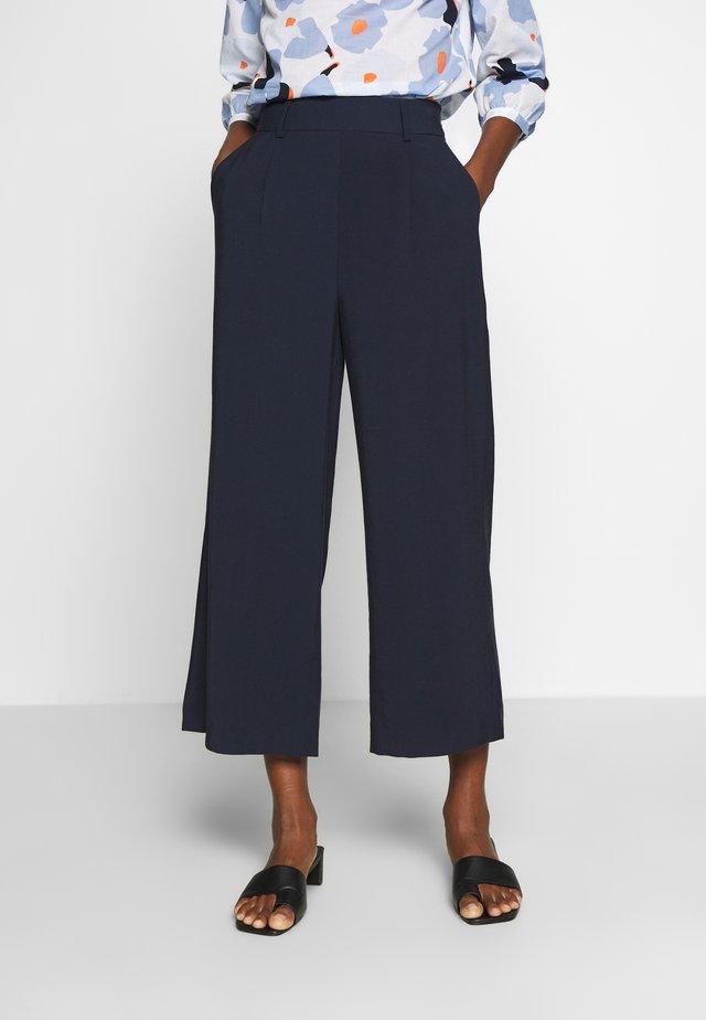 MIAKO - Spodnie materiałowe - just blue