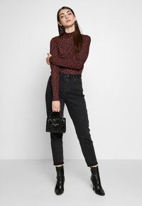 Even&Odd - Long sleeved top - red/black - 1