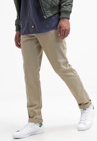 Dickies - 872 SLIM FIT WORK PANT - Pantalones chinos - beige - 3