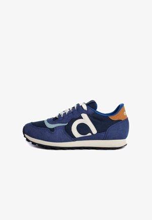 Zapatillas - azul marino