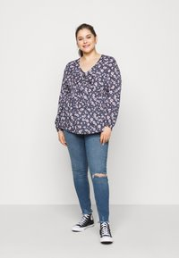 New Look Curves - LIFT AND SHAPE - Jeans Skinny Fit - mid blue - 1