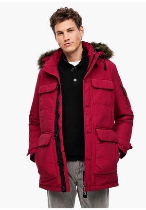 MIT CARGOTASCHEN - Winter jacket - dark red