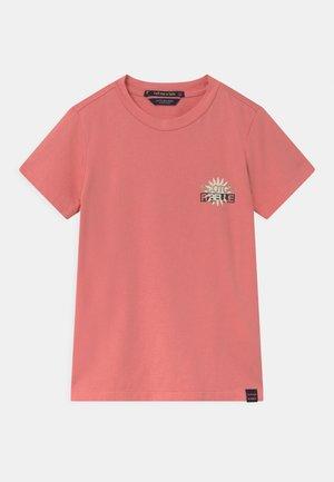 SHORT SLEEVE SIGNATURE LOGO - T-shirt print - pink smoothie