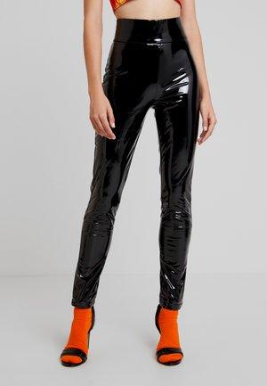 BACK IT UP PANTS - Leggings - Trousers - black