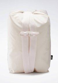 Reebok - TECH STYLE IMAGIRO BAG - Sac à dos - pink - 2