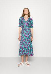 Closet - VNECK DRESS - Day dress - turquoise - 0