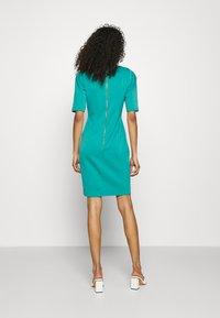 Closet - CLOSET V-NECK PLEATED SLEEVE DRESS - Jersey dress - turquoise - 2